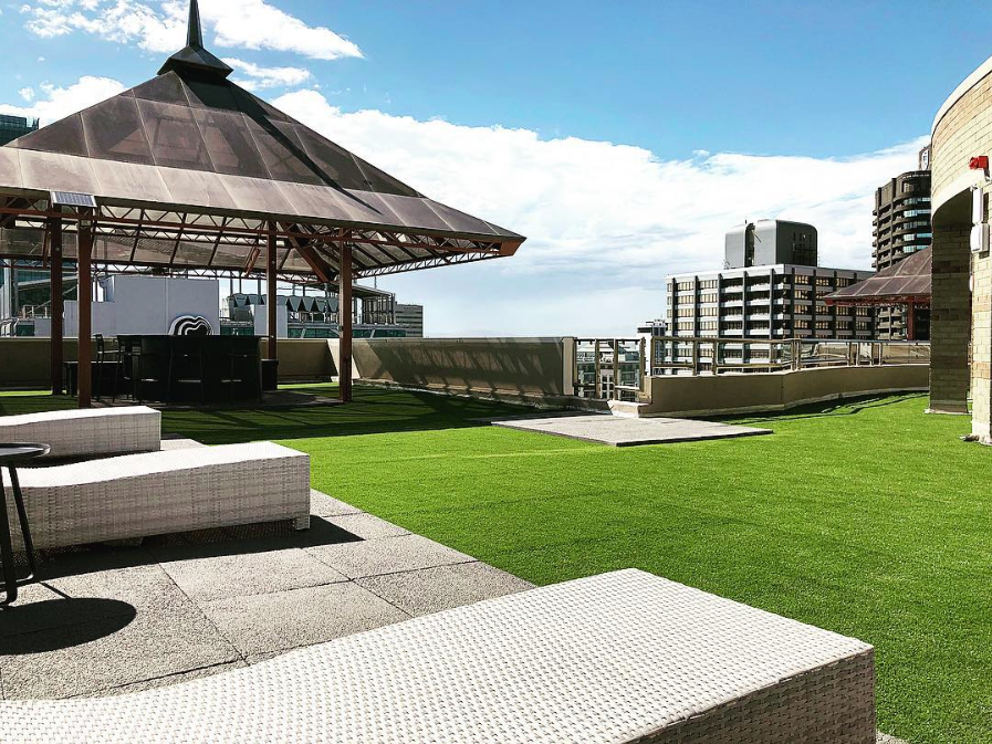 Why synthetic grass is perfect for commercial business